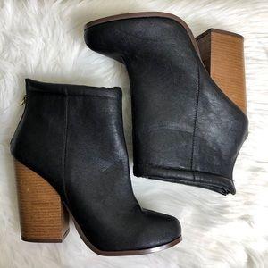 New Torrid Black Zip Ankle Boots Booties